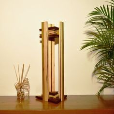 lampe design de luxeà poser en bois massif par woodlampdesign