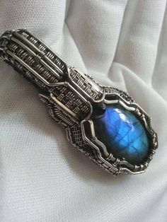 Imnium pendant, Etsy shop: https://www.etsy.com/shop/IMNIUM?ref=seller-platform-mcnav