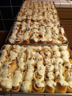 Shannon's Famous Cinnamon Rolls - I have to admit that i love to bake, and would love to try this recipe