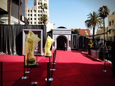 The plastic is off!! The entrance to the Oscar® red carpet!