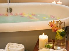 One of the soaking tubs at Waterstone Spa in Ashland, OR. Shower Jets, Cold Shower, Dry Sauna, Water Movement, Sauna Room, Massage Treatment, Steam Room, Body Wraps, Bath Salts
