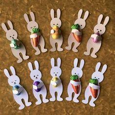 Hugging Bunny/Rabbit Easter treats - SVG / Cut File for Silhouette or Cricut basteln, Daniela Butterfly, basteln Hase / Kaninchen Ostern . Bunny Crafts, Easter Crafts For Kids, Rabbit Crafts, Easter Candy, Easter Treats, Cricut, Spring Crafts, Holiday Crafts, Halloween Crafts