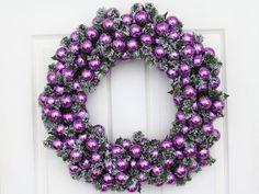 Purple wreath for purple christmas! Purple Christmas Decorations, Purple Christmas Tree, Christmas Colors, White Christmas, Christmas Crafts, Christmas Balls, Beautiful Christmas, Christmas Ornaments, Wreath Crafts