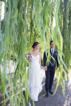 Real bride in Wtoo Jasmine Gown style 17393. http://snippetandink.com/gallery/apple-orchard-wedding-from-cappy-hotchkiss/
