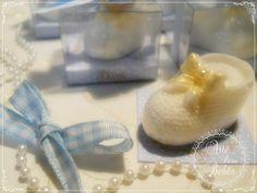 💙👶💙Sapatinhos de sabonete super delicados preparados com carinho e capricho para lembrancinha de maternidade!💙👶💙  Esses tem cheirinho Mamãe e Bebê, vai com a caixa individual e personalizada!  Só R$7,51 por depósito!    Encomende pelo nosso site e tire suas dúvidas pelo fone / whatsapp 11984635757   👉👉http://bit.ly/sapatinho-mamãe-e-bebe    #gestante #gravidez #baby #maternidade #bebe #mamae #maedemenina #maedemenino #instababy #mae #gestacao #gestação #bebê #lembrancinha…