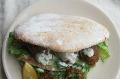 Homemade Pita Bread [Vegan]