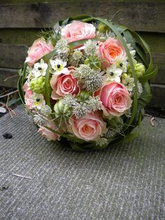 Blütencharme – Wochenservice/Blumen-Abo – Morasch – Home Decor Wholesalers Diy Wedding Flowers, Bridal Flowers, Wedding Flower Arrangements, Flower Bouquet Wedding, Floral Wedding, Floral Arrangements, Deco Floral, Arte Floral, Pink Flowers