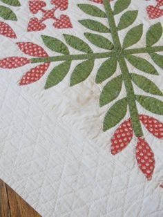 Laurel Leaves, Flower Quilts, Green Quilt, Machine Applique, Antique Quilts, Palms, Baltimore, 1990s, Red Green