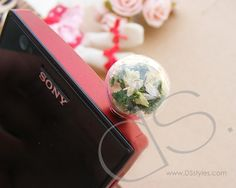 Trendy Accessories, Crystal Ball, Iphone 4s, Plugs, Swarovski Crystals, Grass, Smartphone, Usb, Grasses