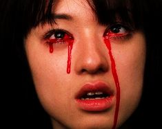 Animated gif uploaded by 💫𝓙𝓲𝓬𝓪𝓵𝓮𝓽𝓪✨. Find images and videos about quentin tarantino, kill bill and Gogo Yubari on We Heart It - the app to get lost in what you love. Red Aesthetic, Aesthetic Pictures, Blood Tears, Mileena, Kill Bill, Mood, My Vibe, Before Us, Photos