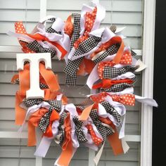 Go vols! This was so simple to make and such a fun way to show some team spirit!