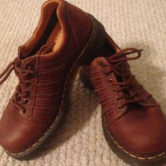 Dr. Martens Brown low top Dr. Martens. Worn only a handful of timesNO TRADES/PP Dr. Martens Shoes