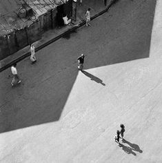 Hong Kong 1950s in Black and White by Fan Ho | Abduzeedo Design Inspiration