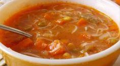 Voici la recette de la soupe aux légumes la plus délicieuse dont parle tout le monde ! Chili Recipes, Soup Recipes, Cooking Recipes, Natural Liver Detox, Canadian Food, Canadian Recipes, Vegan Dinners, Soups And Stews, Cheeseburger Chowder