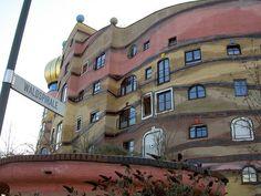 Friedensreich Hundertwasser: Darmstadt-Waldspirale (Allemagne) détail
