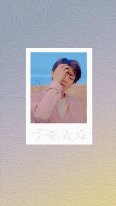 Bts Polaroid, Polaroids, Jungkook Abs, Bts Qoutes, Min Yoonji, Aesthetic Phone Case, Instagram Frame, Jungkook Aesthetic, Bts Aesthetic Pictures