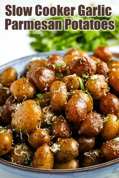 These Slow Cooker Garlic Parmesan Potatoes are the perfect side dish to any meal. Crisp-tender potatoes are smothered in a delicious and easy-to-make garlic-parmesan sauce. Crock Pot Recipes, Crockpot Dishes, Crock Pot Cooking, Side Dish Recipes, Slow Cooker Recipes, Cooking Recipes, Best Slow Cooker, Crockpot Meals, Potato Recipes