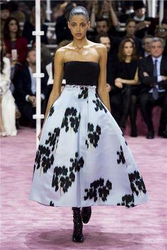 Οι εντυπωσιακές full skirts της άνοιξης - Γυναίκα - Μόδα - Κολεξιόν - in.gr