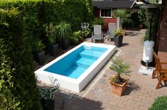 Poolbau by www.de/ Poolbau by www. Pools For Small Yards, Small Swimming Pools, Small Backyard Pools, Backyard Patio Designs, Swimming Pools Backyard, Garden Pool, Patio Ideas, Kleiner Pool Design, Small Pool Design