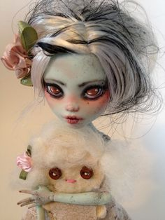 monster high custom doll  ooak monster thesleepyforest keberneteka cute kawaii repaint frankie