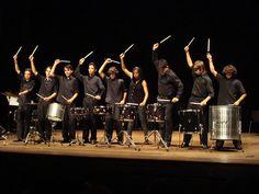 O Projeto Guri traz, pela primeira vez ao Brasil, os músicos belgas do Groupe Percussions de Tournai para tocar com o Grupo de Referência de Ourinhos, realizando um show de percussão com influências eruditas e populares. A entrada é Catraca Livre.