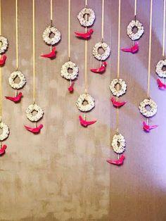 Ideas For Wedding Diy Backdrop Parties Decorations – Diy Wedding 2020 Desi Wedding Decor, Diy Wedding Backdrop, Wedding Stage Decorations, Diy Backdrop, Backdrop Decorations, Flower Decorations, Background Decoration, Garland Wedding, Ceremony Backdrop
