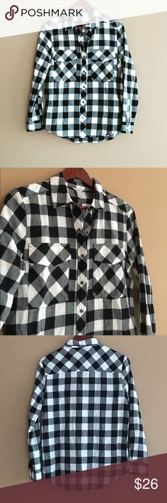 Black/White Plaid Flannel Awesome black and white buffalo plaid flannel shirt. Slightly oversized and really comfy. Great layering piece and closet staple! I have the same shirt listed in a red pattern as well. Reasonable offers considers via offer button ☺️  Measurements: Condition: Brand new, never worn.  🚫Trades  Please ask any questions prior to purchasing. All sales final. Forever 21 Tops Button Down Shirts