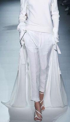 Haider Ackermann s'15. White on white on white