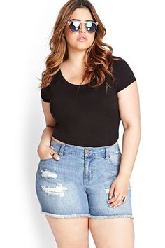 12 Pairs Of Shorts Worthy Of A Curvy Girl #refinery29 http://www.refinery29.com/plus-size-shorts#slide-2