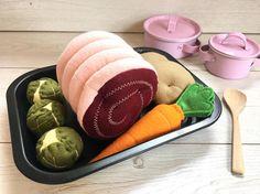 Pretend Play Felt Food Roast Dinner Set with Vegetables &