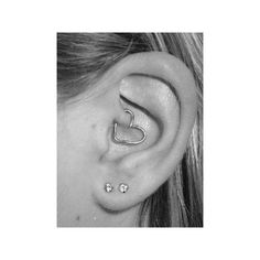 If anyone ever sees that heart thingy I want it for my rook piercing plz