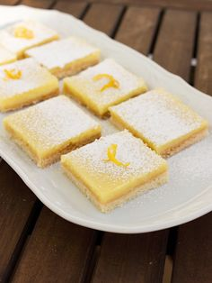 Show details for Recept - Citronové řezy z celého citronu Apple Pie, Cornbread, Ham, Cake Recipes, French Toast, Deserts, Sweets, Breakfast, Ethnic Recipes