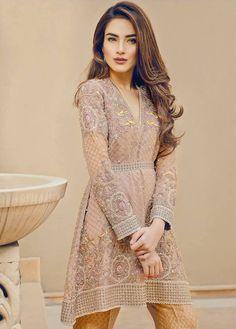 Latest knee length shirt fashion trend for Eid Pakistani Wedding Outfits, Pakistani Dresses, Indian Outfits, Pakistani Clothing, Asian Suits, Short Frocks, Pakistani Couture, Desi Clothes, Asian Clothes