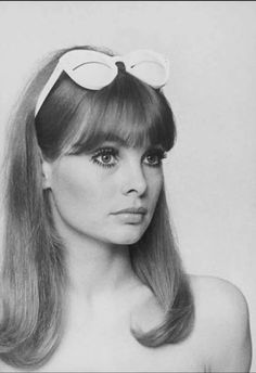 Jean Shrimpton, Retro Fashion, Vintage Fashion, Trendy Fashion, Sixties Fashion, 60s Inspired Fashion, Biba Fashion, 1960s Fashion Women, Ski Fashion