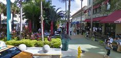 """Lincoln Road Street Scene, Miami. The Lincoln Road experience is not to be missed on any trip to Miami. Restaurants and shops galore, especially the place to find """"skinny"""" dresses."""