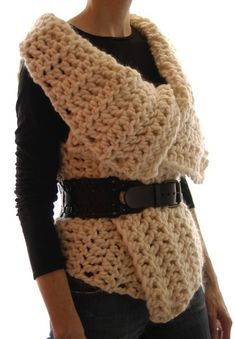 Crochet Vests Instructions to make: Magnum Reversible Vest/Wrap by karenclements - This is a simple crochet pattern for a versatile vest/wrap made of chunky weight yarn. Wear with the longer side up for a bigger collar Crochet Shirt, Crochet Poncho, Crochet Vests, Chunky Crochet, Poncho Pullover, Cardigan, Crochet Wrap Pattern, Super Chunky Yarn, Easy Knitting Patterns