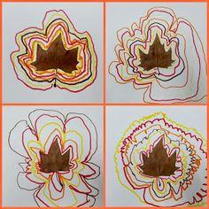 CRECIENDO FELICES: GRAFISMO CREATIVO : Programación de 4 AÑOS Manualidades Halloween, Easy Halloween Crafts, Easy Christmas Crafts, Christmas Crafts For Kids, Diy Crafts For Kids, Art For Kids, Eyfs Activities, Autumn Activities, Activities For Kids