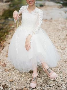 Tendance Robe De Mariée 2017/ 2018 : Tulle and lace wedding dress: www.stylemepretty | Photography: Elizabeth Ngun
