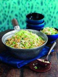 Have a go at making your own special egg fried rice with our simple Slimming World recipe Slimming World Vegetarian Recipes, Slimming World Recipes, Healthy Eating Recipes, Real Food Recipes, Cooking Recipes, Rice Recipes, Healthy Food, Slimming World Lunch Ideas, Slimming World Diet