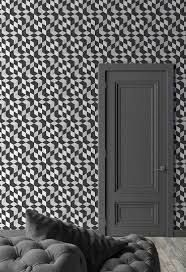 Transform your walls with the funky Optical cubes wallpaper by WonderBold. Just perfect for anyone looking for a monochrome statement wallpaper! Luxury Wallpaper, New Wallpaper, Wallpaper Roll, Designer Wallpaper, Striped Wallpaper, Geometric Wallpaper, Paper Fire, Girl Bedroom Walls, Bed Room