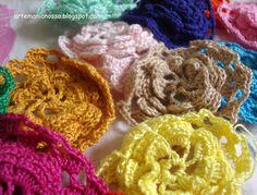 flores coloridas de croche