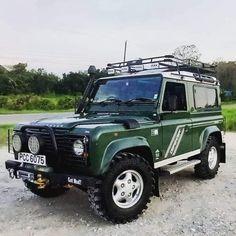 Defender 90, Land Rover Defender, Vehicles, Car, Instagram, Automobile, Landrover Defender, Autos, Cars