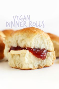 EASY, 7 ingredient Vegan Dinner Rolls, perfect for Thanksgiving and Christmas! #vegan FLUFFY, BUTTERY So delicious