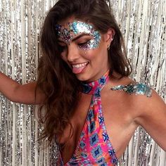 THE GYPSY SHRINE - GLITTER FESTIVAL MAKEUP - COACHELLA #coachella #coachella makeup #the gypsy shrine #festival glitter