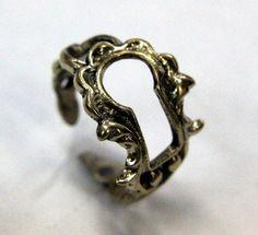 Keyhole ring.