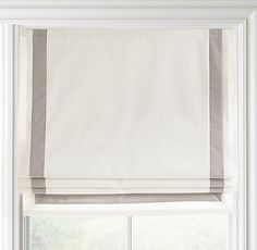 Roman blind with inset border