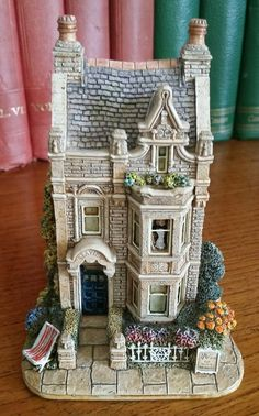 Lilliput Lane Cottage - SeaView Ah summer holidays and seaside B&B's !