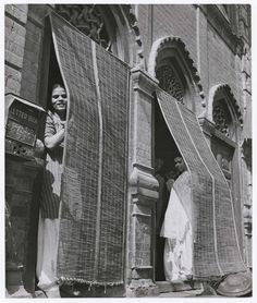 Margaret Bourke-White | Margaret Bourke-White, [Indian prostitutes peeking out from the ...