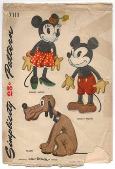 Disney Toys, Disney Mickey Mouse, Walt Disney, Minnie Mouse, Disney Crafts, Vintage Mickey, Vintage Tv, Vintage Images, Stuffed Animal Patterns