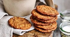 The best Anzac biscuit recipe, whether you like them soft and chewy or with an extra bit of bite! Biscuit Cookies, Biscuit Recipe, Baking Ideas, Baking Recipes, Anzac Biscuits, Weekly Recipes, Xmas Food, Pastry Cake, School Lunches